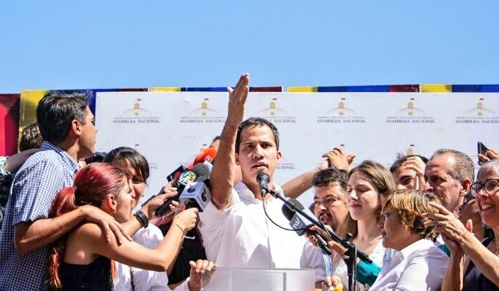 Leader of Maduro opposition Juan Guaidó briefly arrested by state intelligence agency
